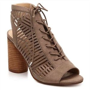 Sam Edelman Rocco Taupe Lace Up Heels